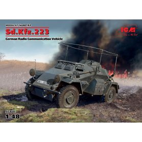 ICM 48192 SdKfz 223 Communication vehicle