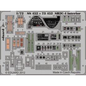 SB2C-4 interior S.A. CYBER HOBBY