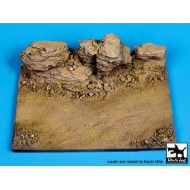 Black Dog Rock base