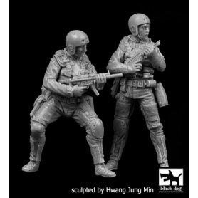 Black Dog 1:35 Zestaw Navy Seals cz.2 | 2 figurki |