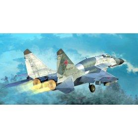 Trumpeter 1:72 MiG-29SMT Fulcrum Izdeliye 9.19