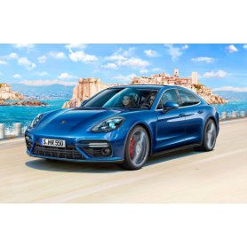 Revell 1:24 Porsche Panamera 2
