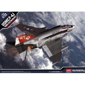 Acadeny 12556 F-4J VFMA-232 Red Devils 1/72