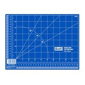 Revell 39056 Cutting Mat - Small - 30,5cm x 22,8cm