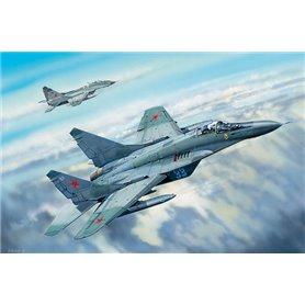 Trumpeter 03224 Russian MiG-29C Fulcrum
