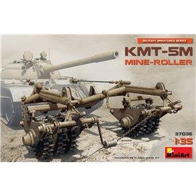 Mini Art 37036 KMT-5M Mine-roller