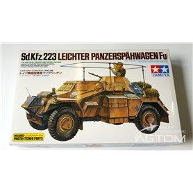 Tamiya 1:35 Sd.Kfz.223 Leichter Panzerspahwagen (Fu) - z elementami fototrawionymi