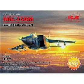 ICM 72175 MiG 25 BM Soviet Strike Aircraft