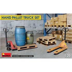 Mini Art 35606 Hand Pallet Truck set