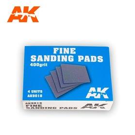 AK Interactive 9018 Gąbki ścierne FINE SANDING PADS - 400 - 4szt.