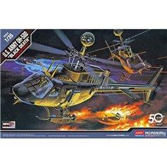 Academy 1:35 OH-58D Black Death - US ARMY