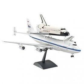 Revell 1:144 Boeing 747 w/Space Shuttle