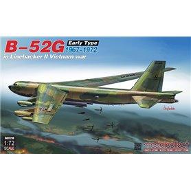 Modelcollect UA72210 B-52G Early Type 1967-1972 in Linebacker II Vietnam war