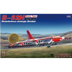 Modelcollect UA72208 B-52H Early Type U.S.A.F Stratofortress Strategic Bomber