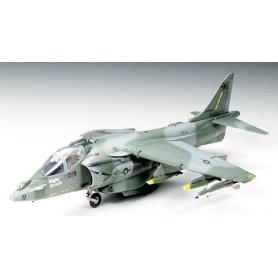 Tamiya 1:72 McDonnell Douglas AV-8B Harrier II