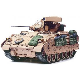 Tamiya 1:35 M2A2 Infantry Fighting Vehicle - Operation Desert Storm