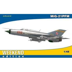 Eduard 1:48 Mikoyan-Gurevich MiG-21PFM WEEKEND edition