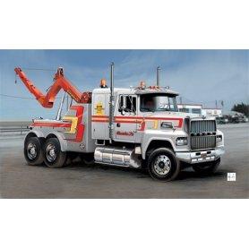 Italeri 1:24 US wrecker truck