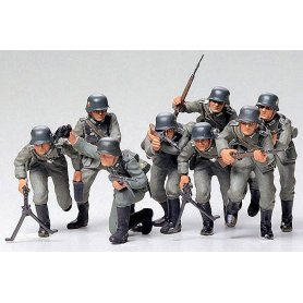 Tamiya 1:35 German assault troops | 8 figurines |