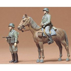 Tamiya 1:35 Wehrmacht mounted infantry | 2 figurines |