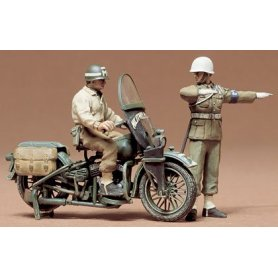 Tamiya 1:35 US Military Police w/motorcycle| 2 figurines |