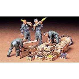 Tamiya 1:35 German tank ammo loading crew | 4 figurines |
