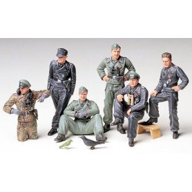 Tamiya 1:35 German tank crew at rest | 6 figurines |