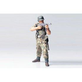 Tamiya 1:16 German elite infantryman