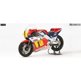 Tamiya 1:12 Honda NSR500 84