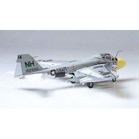 Tamiya 1:100 Grumman A-6A Intruder