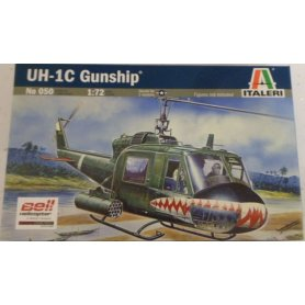 ITALERI 0050 UH-1C GUNSHIP
