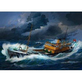 REVELL 05204 N. SEA TRAWLER 1/142