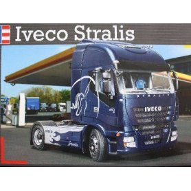 REVELL 07423 IVECO STRALIS