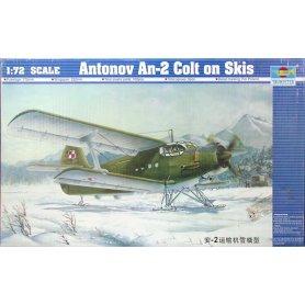 Trumpeter 1:72 Antonov An-2 Colt z nartami