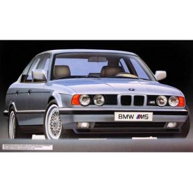 Fujimi 1:24 12094 BMW M5 RS-34
