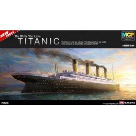 ACADEMY 14215 RMS TITANIC     1/400
