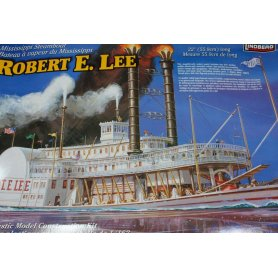 Lindberg 1:163 Statek parowy Robert E.Lee