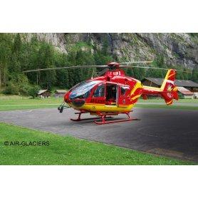 Revell 1:72 Eurocopter EC-135 Air-Glaciers