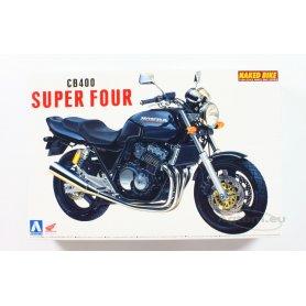 Aoshima 1:12 Honda CB400 Super 4