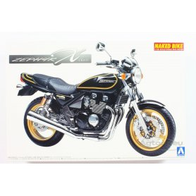 Aoshima 1:24 Kawasaki Zephyr 2002