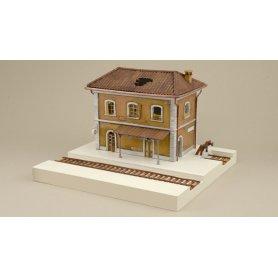 Italeri 6162 Station
