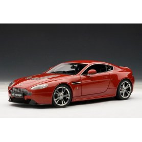 AUTOart 1:18 Aston Martin V12 Vantage 2010 red