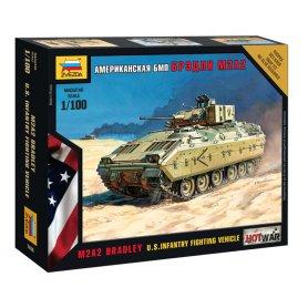 Zvezda 1:100 M2A2 Bradley