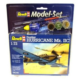 REVELL 64144 MODEL SET HURRICANE