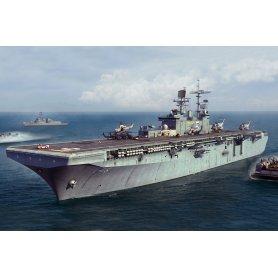 HOBBY BOSS 1:700 USS Bataan LHD-5