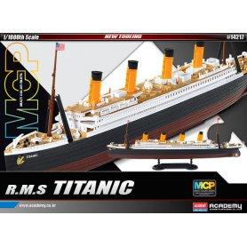 Academy 14217 R.M.S Titanic MCP 1/1000
