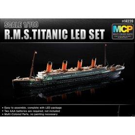 Academy 14220 R.M.S Titanic oświetlenie Led 1/700