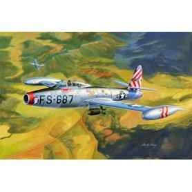HOBBY BOSS 83207 1/32. F-84E Thunderjet