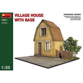 Mini Art 1:35 VILLAGE HOUSE WITH BASE