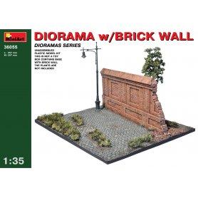 MINI ART 36055 DIORAMA W/BRICK WALL